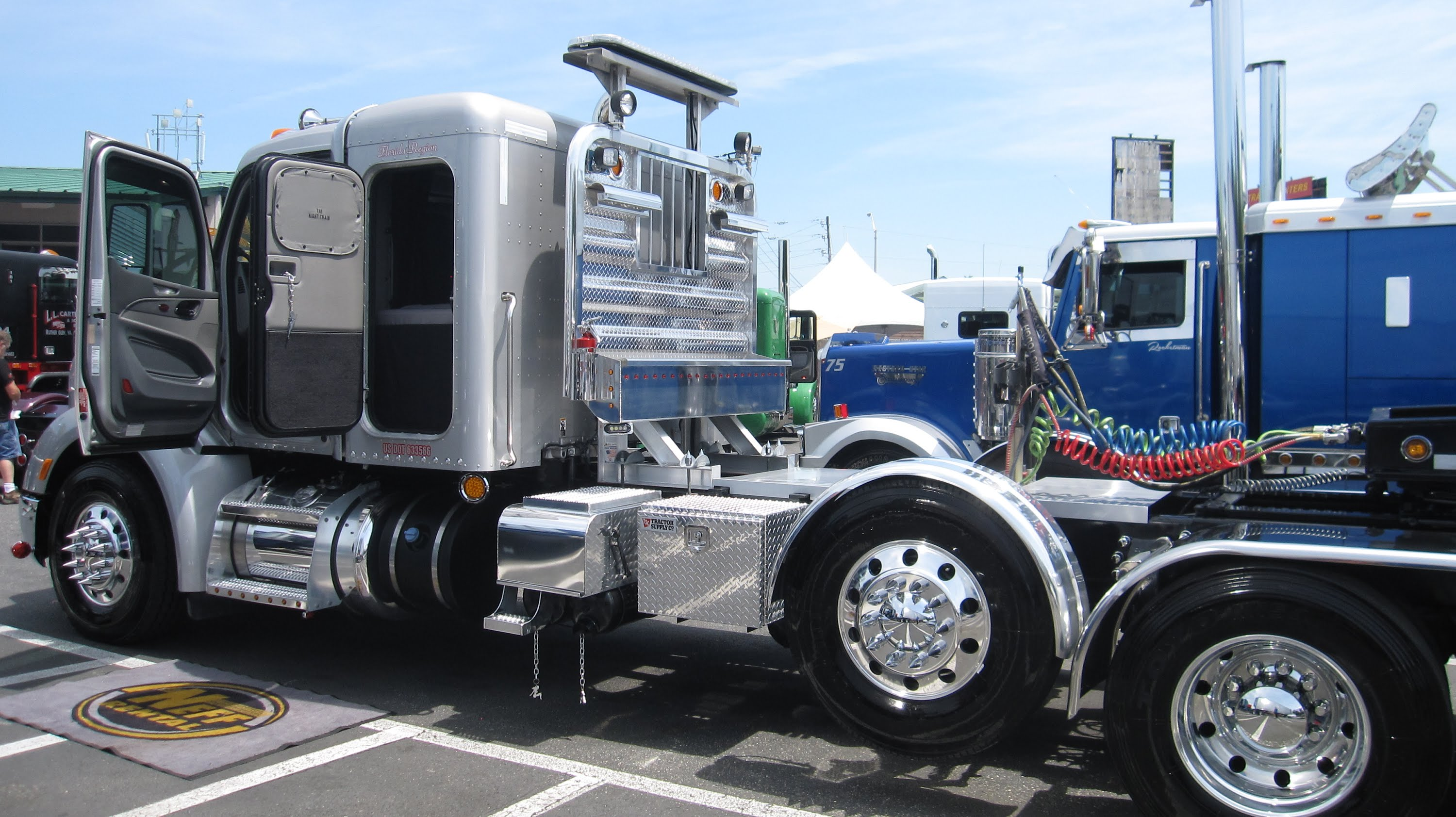 75 Chrome Shop >> 75 Chrome Shop Pride And Polish 2015 With Bubba Branch Trucking